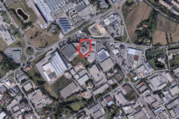 Immagine n0 - Planimetria - Vista aerea - Asta 2008