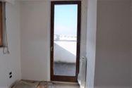 Immagine n2 - Monolocale al piano terzo di complesso produttivo - Asta 2010