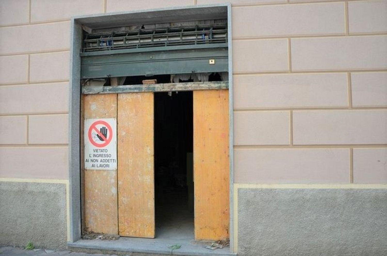 #2031 Negozio grezzo (subalterno 63) al piano terra in vendita - foto 4
