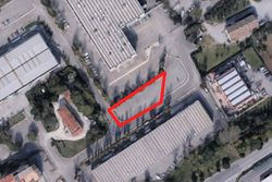 Area di parcheggio in contesto produttivo - Lotto 2052 (Asta 2052)