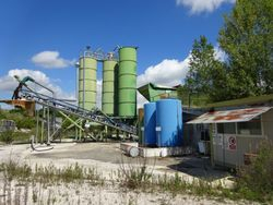 Ground with inert processing plants - Lot 2088 (Auction 2088)