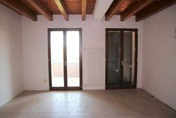 Appartamento al piano secondo con posto auto coperto - Lotto 2115 (Asta 2115)