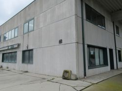 Warehouse with offices - Lot 2137 (Auction 2137)