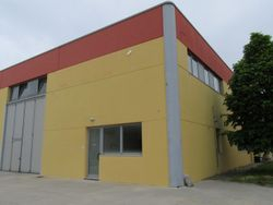 Warehouse with residence and offices - Lot 2139 (Auction 2139)