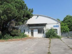 Industrial building with offices - Lot 2149 (Auction 2149)