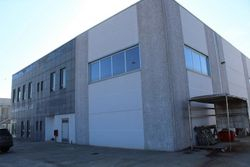 Warehouse with private courtyard - Lot 2155 (Auction 2155)