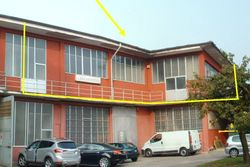 Laboratory with offices on the first floor - Lot 2205 (Auction 2205)