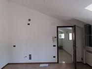 Immagine n1 - Appartamento al piano terzo e posto auto - Asta 2252
