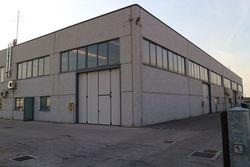 Locale commerciale con uffici e magazzino - Lotto 2284 (Asta 2284)