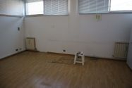 Immagine n2 - Offices on the ground floor with garage. Lot 6 - Asta 2293