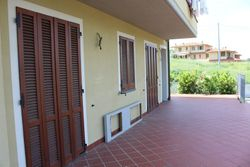 Office with carport - Lote 2320 (Subasta 2320)