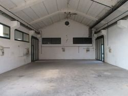Handmade warehouse with office and office - Lot 2325 (Auction 2325)