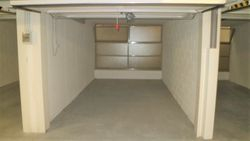 Car box  Sub     in underground garage - Lot 2387 (Auction 2387)