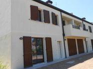 Immagine n0 - Casa binata con due posti auto scoperti. Civico 39/A - Asta 241