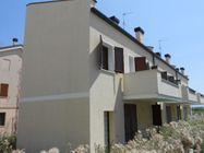 Immagine n0 - Casa a schiera con garage. Civico 3/B - Asta 244