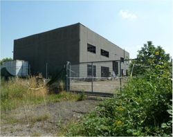 Industrial Buildings with Housing - Lot 2503 (Auction 2503)