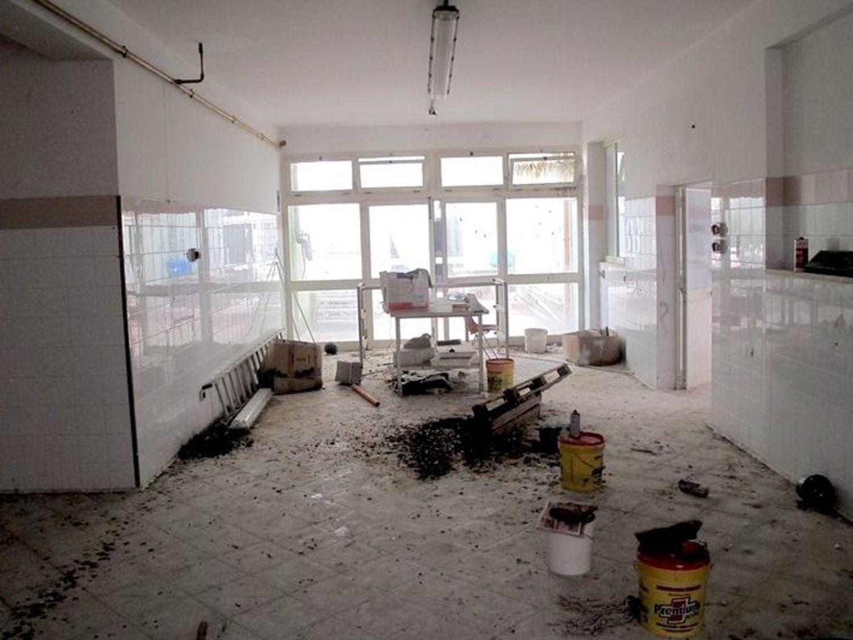 #2538 Laboratorio artigianale al piano interrato in vendita - foto 1