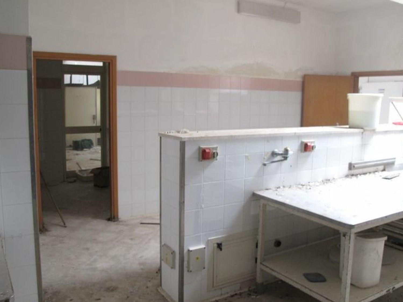 #2538 Laboratorio artigianale al piano interrato in vendita - foto 6