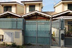 Bilocale con garage e cantina - Lotto 2583 (Asta 2583)