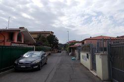 Posto auto scoperto in zona residenziale - Lotto 2584 (Asta 2584)