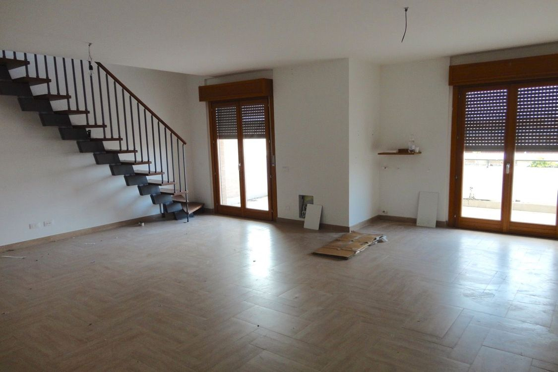 Case A Due Piani auction real estate residential 2592: two storey apartment