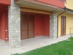 Ufficio/appartamento con giardino e garage - Lotto 2637 (Asta 2637)