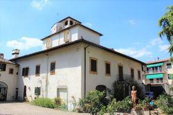 Villa con giardino e beni storici - Lotto 2644 (Asta 2644)