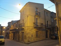 Apartment house in the historic center - Lote 2652 (Subasta 2652)
