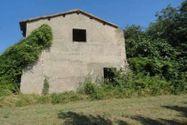 Immagine n3 - 100% di quote di terreni agricoli ed edificabili con due casali - Asta 2661