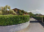 Immagine n0 - Villa gravata da diritto di abitazione - Asta 2777