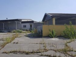 Industrial complex with warehouses and outdoor area - Lot 2788 (Auction 2788)