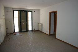 Appartamento al piano terra con posto auto coperto (int.6) - Lotto 2838 (Asta 2838)