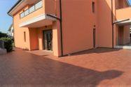 Immagine n9 - Appartamento con corte esclusiva, cantina e garage (sub 24) - Asta 2867