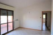 Immagine n0 - Appartamento piano primo con garage e cantina (sub 11) - Asta 2879