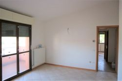 Appartamento piano primo con garage e cantina (sub 11)