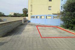 OPE in LCA - Posto auto (sub 86) in cortile residenziale