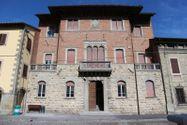 Immagine n0 - Palazzo uffici con corte in centro storico - Asta 2978