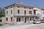 Immagine n0 - Appartamento al piano terra con corte privata - Asta 3152