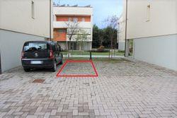 Posto auto esterno sub 79 - Lotto 3208 (Asta 3208)