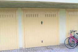 Downstairs garage on   st floor - Lot 3210 (Auction 3210)