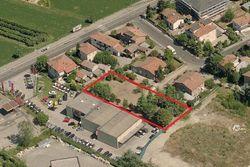 Terreno edificabile residenziale di 1.375 mq