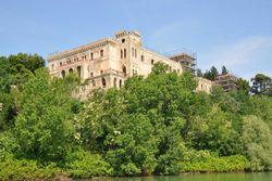 Castello su Isola Maggiore del Lago Trasimeno