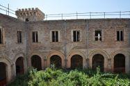 Immagine n7 - Castello su Isola Maggiore del Lago Trasimeno - Asta 3324