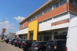 Fabbricato commerciale con uffici ed area esposizione