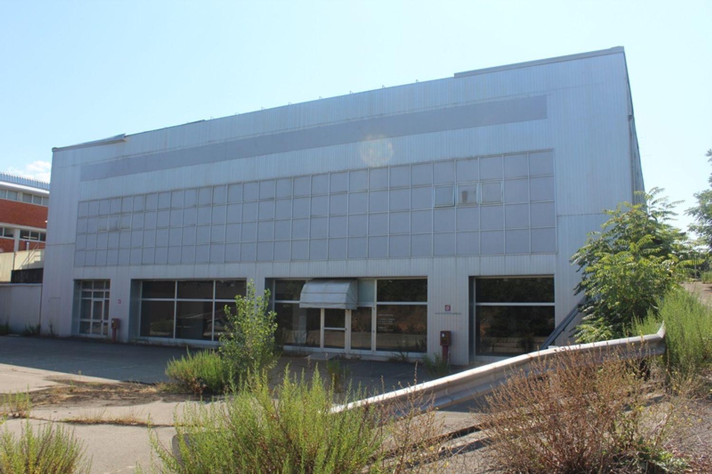 #3356 Fabbricato commerciale con uffici ed area esposizione in vendita - foto 6