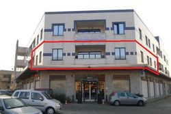 Ufficio open space con due autorimesse - Lotto 3553 (Asta 3553)