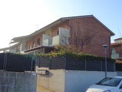Appartamento piano terra (sub 13) con giardino e garage - Lotto 3563 (Asta 3563)