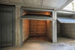 Car garage  sub     in garages - Lot 3584 (Auction 3584)