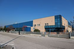 Industrial building with court - Lote 3640 (Subasta 3640)