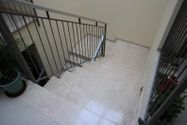 Immagine n9 - 1/2 share of studio with loggia in building - Asta 3643
